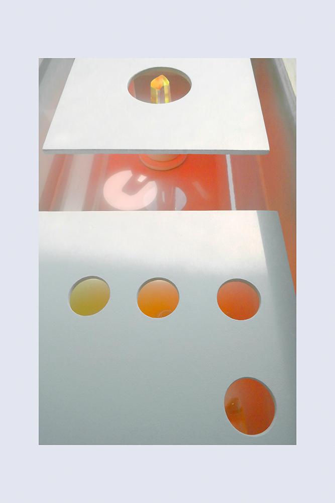 ENCRIPTADO V B - 54'2x24'2x13'4 cm - Reciclaje y Ensamblado - Serie Encriptado - 2016 - Gata de Gorgos.