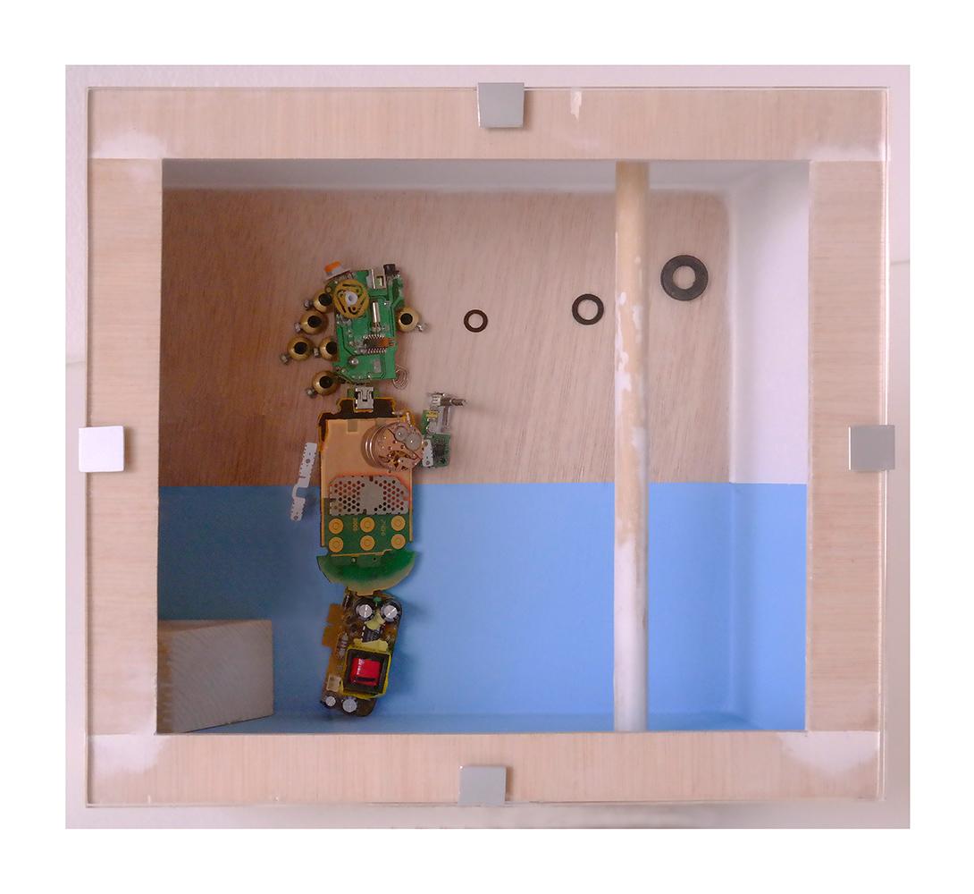 FLAMENCO C - 24x26x13 cm - Reciclaje y ensamblado - Serie Sociedad Anónima - Proyecto S.O.S.tenible - 2017 - Gata de Gorgos.